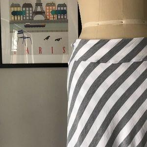 Athleta • Ribbon Stripes Tulip Midi Skirt